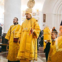Преосвященный Алексий совершил Литургию в день памяти Владимирской иконы Божией Матери