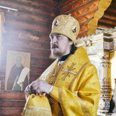 Преосвященный Алексий совершил Литургию в Восточном