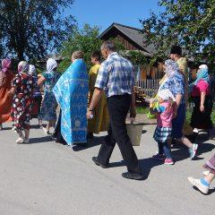 Сосьвинцы прошли крестным ходом в день Казанской иконы Божией Матери