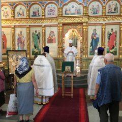 Преосвященный Алексий совершил Литургию в день празднования Владимирского образа Божией Матери