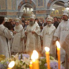 Митрополит Кирилл совершил Божественную литургию в новоосвященном храме Александро-Невского Ново-Тихвинского монастыря