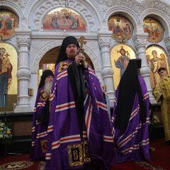 «Прикоснуться к чуду сегодняшнего дня»: архипастыри Екатеринбургской митрополии – о принесении мощей святителя Спиридона