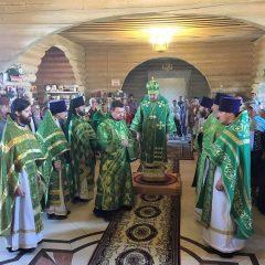 Преосвященный Алексий совершил Литургию в день памяти Серафима Саровского