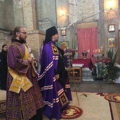 Преосвященный Алексий совершил литургию в Красногорском