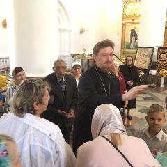 Преосвященный Алексий совершил Литургию в день памяти Василия блаженного