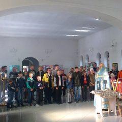 Молебен в Трехсвятительском храме