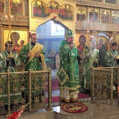 Преосвященный Алексий совершил Всенощное бдение в соборе Краснотурьинска