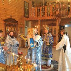 Преосвященный Алексий совершил литургию в женской обители