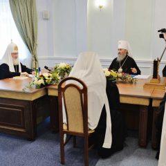 Русская Православная Церковь признала невозможным пребывание в евхаристическом общении с Константинополем