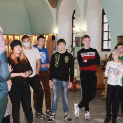 В Введенском соборе Карпинска состоялась экскурсия для девятиклассников школы-интерната