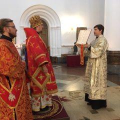 Преосвященный Алексий совершил Литургию в день памяти Димитрия Солунского