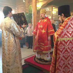 Преосвященный Алексий совершил Литургию в посёлке Рудничном