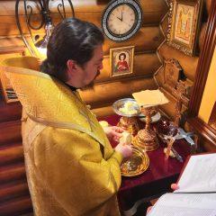 Преосвященный Алексий совершил Литургию в храме великомученика Георгия Победоносца города Североуральска