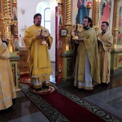 Преосвященный Алексий совершил Литургию в день памяти мучеников и исповедников Гурия, Самона и Авива