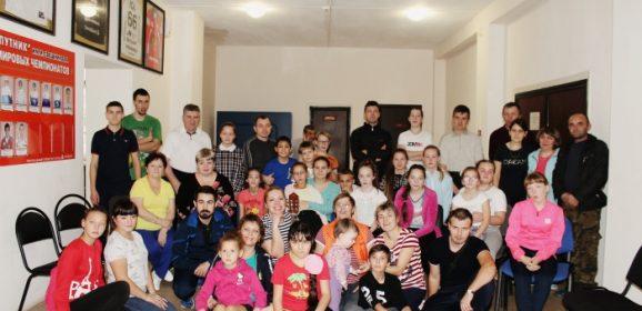 Спортивный праздник «Весёлые старты» в воскресной школе Карпинска