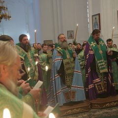 Преосвященный Алексий принял участие в богослужении в канун дня праведного Симеона Верхотурского