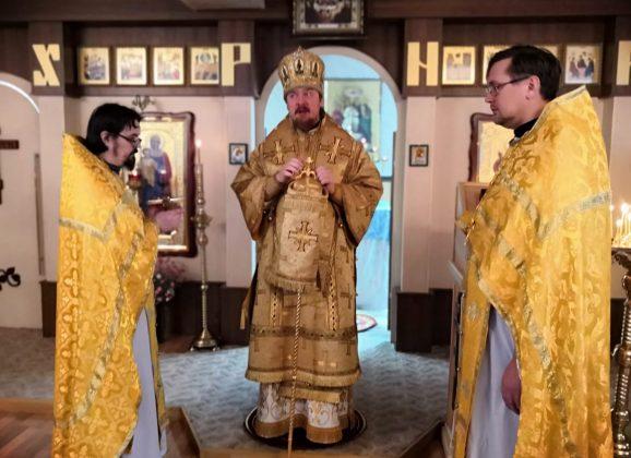 Преосвященный Алексий совершил Литургию в день памяти святителя Иннокентия, епископа Иркутского