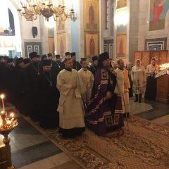 Преосвященный Алексий совершил Литургию в день празднования Обрезания Господня и памяти святителя Василия Великого