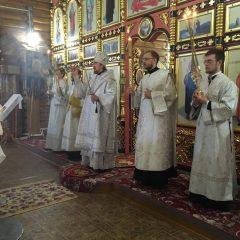 Преосвященный Алексий совершил Всенощное бдение в Новой Ляле