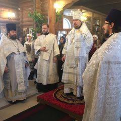Епископ Алексий совершил Литургию в храме во имя святителя Николая Чудотворца