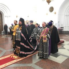 Епископ Алексий совершил Литургию Преждеосвященных Даров в Спасо-Преображенском соборе Серова