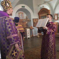 Епископ Алексий совершил Литургию в предпразднество Благовещения Пресвятой Богородицы