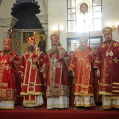 В день рождения Царя-страстотерпца Николая II митрополит Кирилл с сонмом архиереев совершил Божественную литургию в Храме на Крови