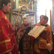 Епископ Алексий совершил всенощное бдение с чтением акафиста накануне дня памяти святителя Николая Чудотворца