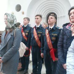 Молебен для выпускников школ состоялся в Серове