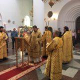 Епископ Алексий совершил Литургию в первый понедельник Петрова поста