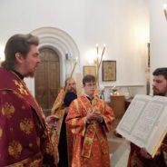 Епископ Алексий совершил всенощное бдение накануне дня памяти священномученика Аркадия Североуральского