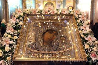 В праздник Казанской иконы Божией Матери в храмах Серовской епархии пройдут торжественные богослужения