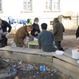 В Серовской епархии работает горячая линия. Можно попросить помощи в доставке продуктов и лекарств