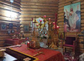 Епископ Алексий совершил ночную Божественную литургию в отдание Пасхи