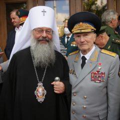 Митрополит Кирилл принял участие в открытии памятной скульптурной композиции «Преемственность поколений»