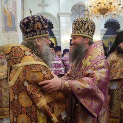 Митрополит Кирилл и епископ Евгений совершат Божественную литургию в Храме на Крови