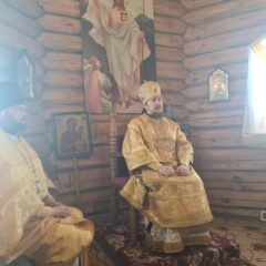Епископ Алексий совершил Литургию в храме в честь Воскресения Христова в городе Новая Ляля