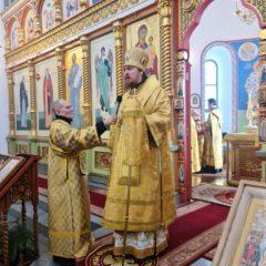 В Неделю о блудном сыне епископ Алексий совершил Литургию в Спасо-Преображенском соборе города Серова