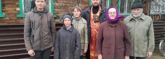 В светлую седмицу священники храма Воскресения Христова посетили дальние приходы