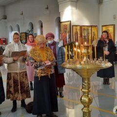 Паломники в нашем храме (г.Нижняя Тура)